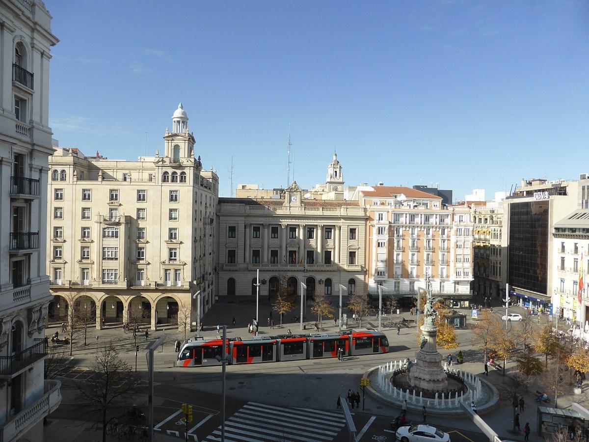 Plaza libre en Zaragoza centro-6246