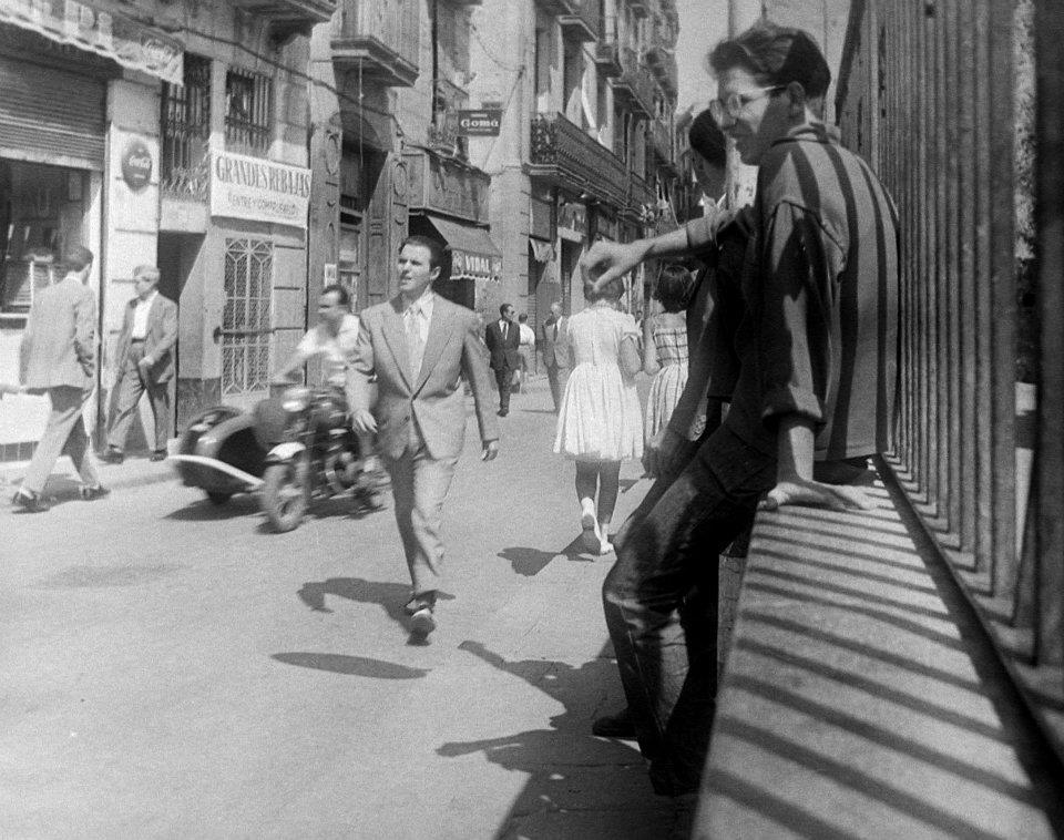 Se precisa señorita en Barcelona 60%-2054