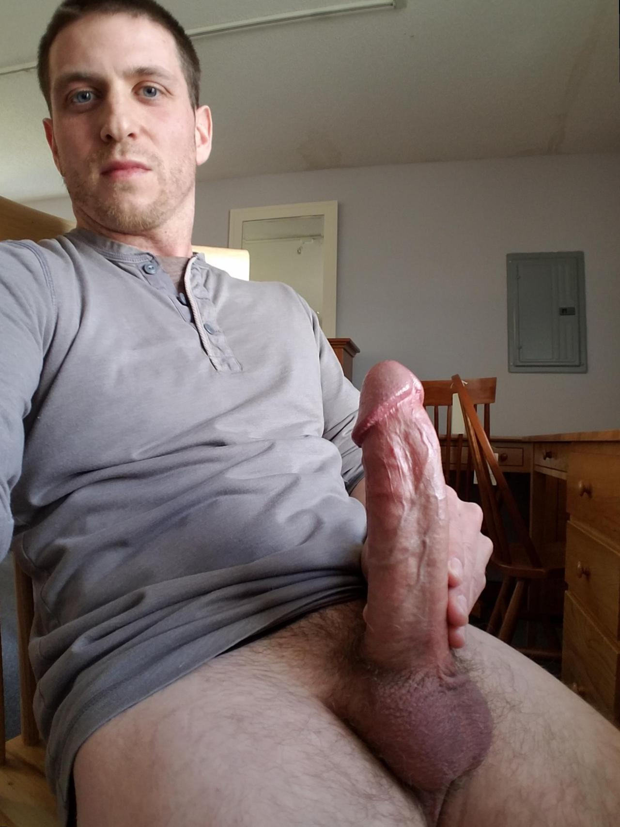 Se alquila macho hetero activo-2061